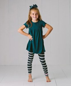 b5cdb7ad39 Mother Daughter Matching Ruffle Girl Dress & Legging Sets