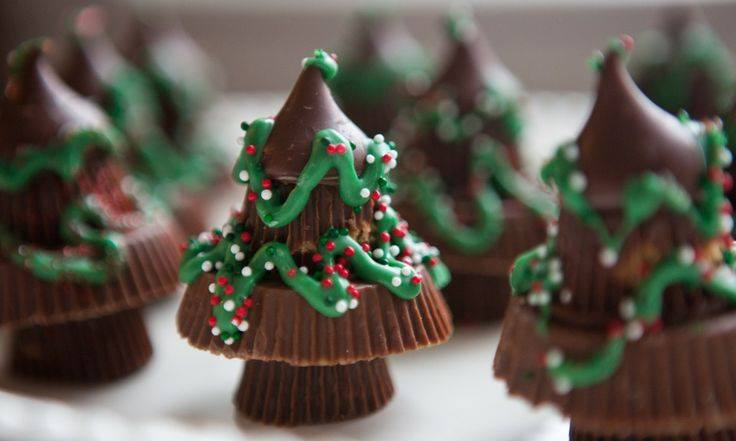 Reese Candy Christmas Tree Treats