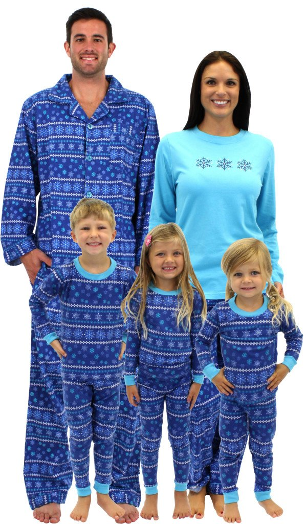 Frozen Winter Family Matching Pajamas, Family Matching Holiday Pajamas Giveaway