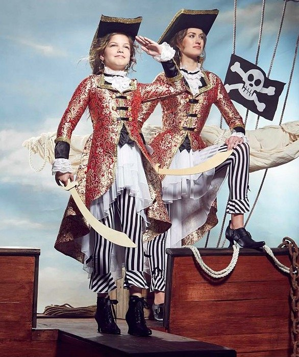 Mother Daughter Matching Pirate Captain Costumes