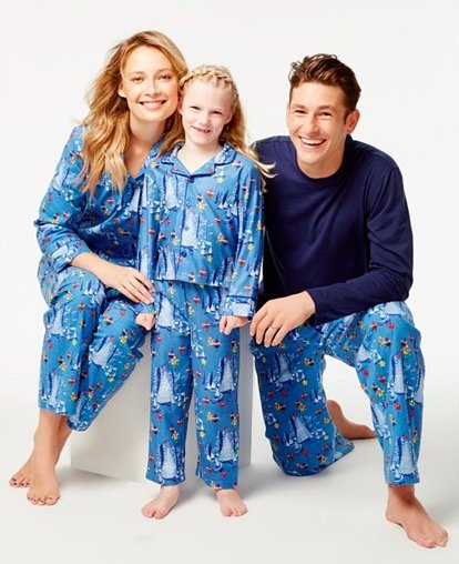 city-elves-parade-pajama-sets