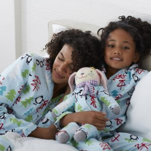 Mother Daughter Doll Matching Holiday Pajamas – Penguins