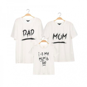 Family Matching T-shirts Dad & Mom & I love my mom and dad